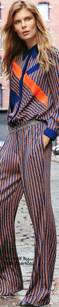 Diane von Furstenberg Pre-Fall 2016 Fashion Show Fall Fashion 2016, Autumn Winter Fashion, Runway Fashion, Fashion Show, Womens Fashion, Fashion Trends, Color Fashion, Classic Fashion, Fashion Bloggers