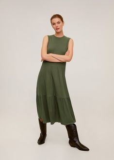 Midi design Flared design Rib knit fabric Rounded neck Sleeveless Ruffle details on the skirt Ribbed Dress, Manga, The Dress, Knitted Fabric, Rib Knit, Summer Dresses, My Style, Skirts, Model