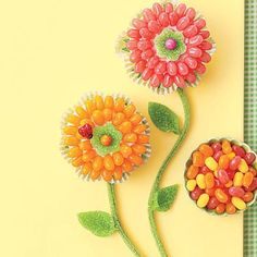Easy cupcake recipes: You can brighten basic cupcakes with jelly beans to make them bloom!