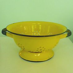 vintage enamelware colander in yellow and black by sosovintage, $30.00