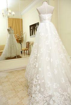 Farah Novias, Designer Bridal Boutique Barcelona