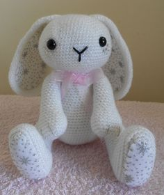 Sparkle Snow Bunny is my latest pattern that I have been working on, I had the design idea a while ago when I found the lovely felt on the e...