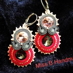 #soutache#earrings#jewelry#pink#grey#seedbeads#swarovskicrystals#handmade#