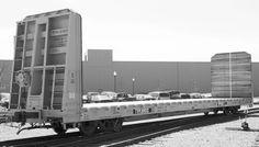 Rail Industry Component: National Steel Car Ltd.: 62-Foot Bulkhead Flat Car (100.5-Ton): Railroad Product Information - for Railroading Professionals