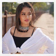 @deepikasingh150 - Deepika Singh Goyal - Stand tall, reach high and dream big 💞 #HappyHugsDay... Deepika Singh, Beauty Full Girl, Stand Tall, Chokers, Glamour, Hot, Dream Big, Beautiful, Jewelry