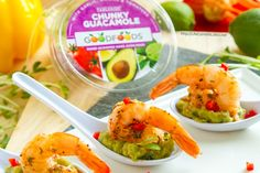 This Guacamole Shrimp Appetizer Recipe will help you share the goodness with GOODFOODS this Thanksgiving, and it's super easy to put together this impressive little appetizer.