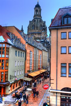 Dresden, a great city to visit in Germany! Other places to explore with locals and fellow travellers in the ultimate social travel app, Ventoura. Download from the link! #LiveLaughExplore