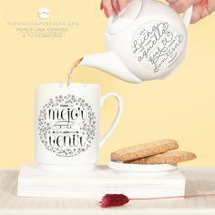 Lucha por todo aquello que te saque sonrisas enormes! Tetera cerámica sólo en www.shop.thegreatmoustache.com