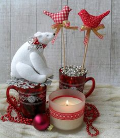 Tilda Bear and Birds, love the red and white theme. Christmas Signs, Felt Christmas, Rustic Christmas, Christmas Time, Christmas Crafts, Merry Christmas, Christmas Ornaments, Tilda Toy, Handmade Christmas Decorations