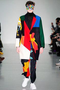The most absurd and disturbing, couture item that caught my attention at the Fall 2015 menswear fashion shows from London Fashion Week is the Agi Sam Lego face mask. Fashion Mode, Look Fashion, Runway Fashion, Fashion Art, Fashion Show, Mens Fashion, Fashion Trends, Fashion Menswear, Smart Menswear