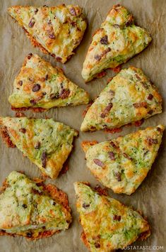 A sweet snack takes a turn on the savory side with my all-time favorite recipe for Zucchini Bacon Cheddar Scones. Four words: Zucchini Bacon Cheddar Scones. Food Trucks, Bacon Cheddar Scone Recipe, Cheddar Cheese, Cheddar Biscuits, Scones Ingredients, Pizza, Food Tasting, Best Dishes, Dinner Dishes