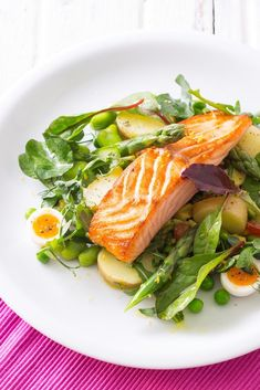 Michael Caines' Pan-Roasted Salmon with New Potatoes, Baby Leaf Salad, Asparagus, Peas & Egg | @styleminimalism
