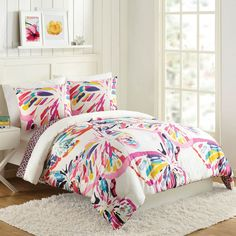 The Key to Successful Dorm Room Decor Ideas and Small Space Hacks When you discover an apartment and have been approved it is going to be time to sign the lease. Decorating an apartment might be a challenging undertaking. Less… Continue Reading → Luxury Comforter Sets Queen, Twin Xl Bedding Sets, Kids Comforter Sets, Bedding Sets Online, Twin Comforter, Bed Sets, Dorm Bedding, College Bedding, Bedding Decor