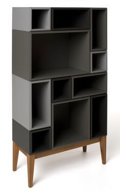 Håkan Johansson founded the Swedish company Zweed. One of its most innovative lines is Citti, a flexible and modular system that offers their clients a storage unit tailored to their requirements. What's great about this concept is that you have the option of choosing the size, depth, configuration, finishes and colors that best suit your home.