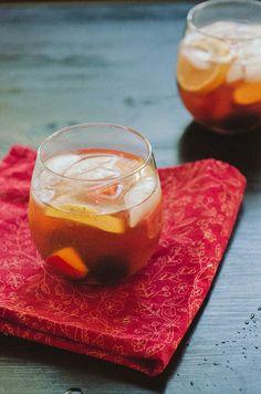 Stone Fruit, Sweet Tea & Blackberry Sangria | soletshangout.com  #summer #sangria #cocktails