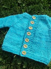 Ravelry: Kimes pattern by Taiga Hilliard Designs 2-3 & 4 yrs size, Chunky on 5.5mm, top down