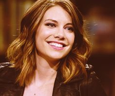 Lauren Cohan (Maggie from the Walking Dead) very pretty