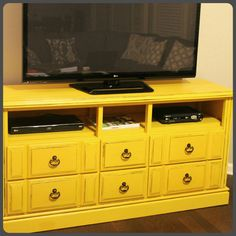 DIY: Dresser turned TV Console