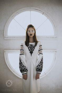 Бренд Chernikova представив прев'ю нової колекціїSS 2018, прем'єра якої відбудеться 28 жовтня на Lviv Fashion Week