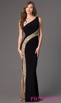Shop Zoey Grey long designer prom dresses at PromGirl. Floor length prom dresses with beading and designer Zoey Grey long formal pageant gowns. Elegant Dresses, Pretty Dresses, Beautiful Dresses, Formal Dresses, Designer Prom Dresses, Classy Dress, Ideias Fashion, Evening Dresses, Party Dress
