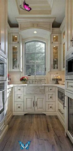 Refresheddesigns Making A Small Galley Kitchen Work: 49 SPACE-SAVING DESIGN AND IDEAS FOR SMALL KITCHEN<br> Kitchen Ikea, New Kitchen, Kitchen Decor, Kitchen Cabinets, Kitchen Small, Glass Cabinets, 10x10 Kitchen, Kitchen Pantry, Soapstone Kitchen