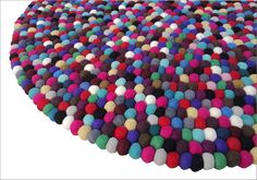 I bet this feels squishy! felt rug by Crafttasticparties on etsy. Crafts To Make, Arts And Crafts, Felt Ball Rug, Pom Pom Rug, Fabric Bowls, Make Do And Mend, Wool Felt, Felted Wool, Wet Felting