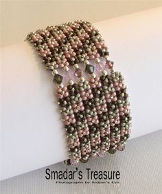 Love how this looks and that it can be made with ordinary beads!