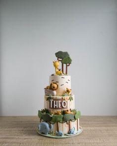 The fondant view of savanna cats, giraffes and elephants is pretty nice, we could only imaginr that the legitimate thing should be even… Jungle Safari Cake, Jungle Birthday Cakes, Jungle Theme Cakes, Baby First Birthday Cake, Safari Cakes, Safari Birthday Party, Safari Theme, Zoo Cake, Celebration Cakes