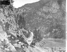 1867 One Mile Above Yale on the Cariboo Road Fraser Canyon, Fraser River, Marble Canyon, Royal Engineers, Whitewater Rafting, Canadian History, Peaceful Life, Old West, Old Pictures