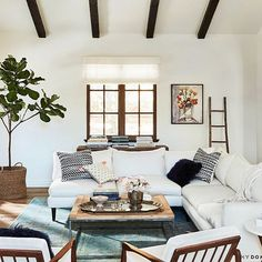 Best surprise this week? Spying our GAIA 'Lala' Tassel Pillow sitting pretty in @laurenconrad's gorgeous casa!!  @thelittlemarket @mydomaine #GAIAgoodness