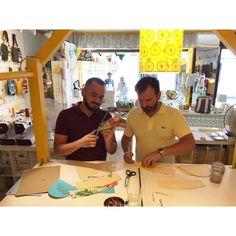 Aquí de sábado haciendo un curso de alpargatas en la @pesetaofficial  #noviciado #madrid #artisan #handmade #alpargatas #hechoamano #summertime