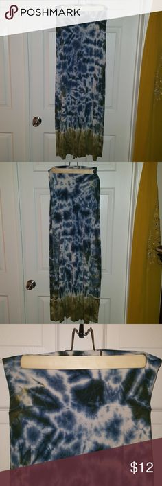 Tie-dyed maxi skirt Blue tie-dyed with green on the bottom maxi skirt by lucky brand. This skirt is super comfy over a swim suit or paired with a cute crop top! Prefect for the beach and on a summer day! Lucky Brand Skirts Maxi