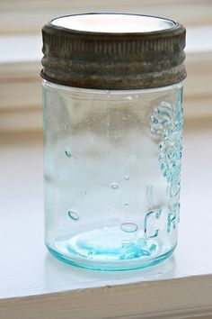 pretty crown mason jar in beautiful aqua color                              ****