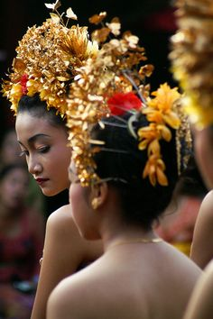 Beautiful dancers-bali
