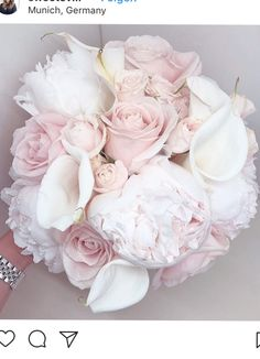 Classic White and Pink.So beautiful! Bride Flowers, Bride Bouquets, Wedding Flowers, Diy Wedding, Wedding Ceremony, Dream Wedding, Wedding Day, Pink And White Weddings, Special Day