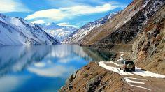 Lago Yeso, em Cajón de Maipohttps://viagem.catracalivre.com.br/geral/mundo-viagem/indicacao/chile-e-eleito-melhor-destino-de-turismo-de-aventura-pelo-2o-ano/