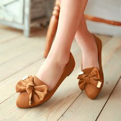 Bow Flat Shoes - love the color and style -  reminds me of a pair of Nine West that I had years ago -- classic things never go out of style!