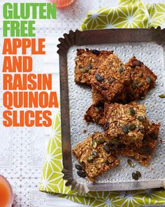 Hemsley and Hemsley apple and raisin quinoa slices - a healthier afternoon snack Healthy Sweet Treats, Healthy Snacks, Healthy Recipes, Lean Recipes, Healthy Cookies, Delicious Recipes, Paleo, Healthy Afternoon Snacks, Snack Recipes