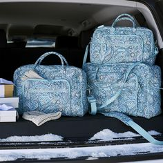 Paisley White and Blue Therapist Bag