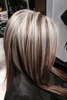 platinum highlights on dark hair - Hair Highlights Chunky Blonde Highlights, Dark Hair With Highlights, Brown Blonde Hair, Platinum Highlights, Gray Hair, Caramel Highlights, Silver Highlights, Icy Blonde, Balayage Highlights