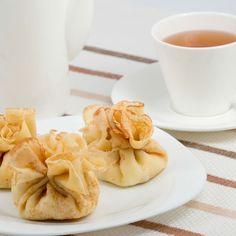 Aumônière à la banane et au caramel Waffles, Pancakes, Beignets, Apple Pie, Muffins, Snack Recipes, Brunch, Chips, Fruit