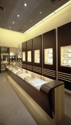 Takis Exarchopoulos Architects - Projects - Jewellery Shop in Thiva I Jewellery Shop Design, Jewellery Showroom, Jewelry Shop, Jewellery Storage, Jewellery Display, Jewelry Tags, Kids Jewelry, Custom Jewelry, Shop Counter Design