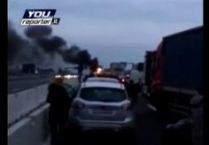 8-Apr-2013 11:32 - BENDE SLUIT SNELWEG AF VOOR OVERVAL. Een groep overvallers gewapend met kalasjnikovs heeft twee geldtransporten ten noorden van Milaan overvallen. . In eerste instantie sloten de bendeleden de snelweg A9 aan twee kanten af door met vrachtwagens de toegang te blokkeren. Eenmaal in de fuik werden de geldautos bestookt met rookbommen. In de chaos maakten de overvallers 10 miljoen euro buit. De overval was rond 07.00 uur bij afslagen richting de Zwitserse grens. Italiaanse…