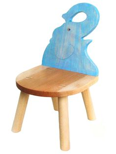 【楽天市場】【名入れ可】●ゾウ椅子(B) (子供家具・木のおもちゃ 日本製 ) 1歳 2歳 3歳 4歳 5歳 誕生日ギフト~出産祝い 男の子 女の子 赤ちゃん♪ 注文製作の木の椅子 子供施設 キッズルームに最適です! 記念日 木工職人手作り いす イス 送料無料 銀河工房 ★ Ginga Kobo Toys:木のおもちゃ製作所・銀河工房