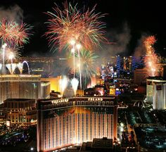 Las Vegas has recently seen a huge wave of increased tourism, some of which can be attributed to travel agents as well as new developments. // © 2015 Las Vegas Convention and Visitors Authority New Years Eve Fireworks, Fireworks Show, Fourth Of July, Las Vegas Shows, Las Vegas Strip, San Diego, San Francisco, New Year's Eve Celebrations, Hotels In Las Vegas
