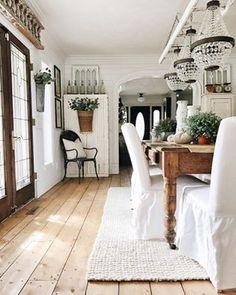I was the least productive I have ever been this weekend when it comes to our home renovations. Farmhouse Design, Farmhouse Decor, Country Farmhouse, French Country, Modern Farmhouse, Home Interior Design, Interior Decorating, Decorating Ideas, Decor Ideas