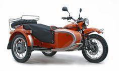 Irbit MotorWorks of America (Ural IMWA) meldet für die Motorrad-Saison 2012 Rekord-Verkäufe: Von Januar bis August verkaufte der Ural-Importeur für die USA 27 Prozent mehr Motorräder und Gespanne als im Vorjahr – unter anderem das Sondermodell Ural Pantone #2222 (siehe Bild).