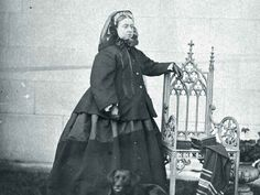 For Victorians, dressing for mourning didn't stop after the funeral.