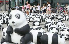 1600 Panda Figures