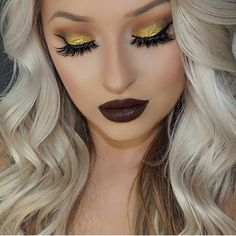 """""""Another pic of fridays makeup Eyes are palette & where the night is quad Lashes are…"""" Sparkle Eye Makeup, Bold Lip Makeup, Sexy Makeup, Dark Makeup, Eyebrow Makeup, Insta Makeup, Makeup Eyeshadow, Makeup Looks, Makeup Style"""
